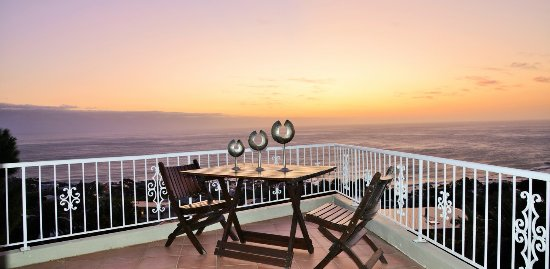 African Dreams Guest House Camps Bay: View from Lion's Den