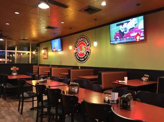 Round Table Pizza Clubhouse Tacoma Menu Prices Restaurant Reviews Tripadvisor