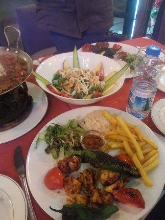Sirevi Restaurant: 20180219_204921_large.jpg
