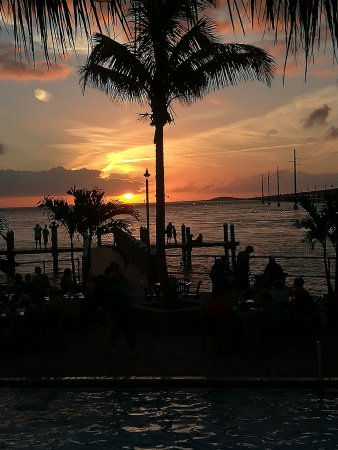 Sunset Grille and Raw Bar: Sunset Feeling
