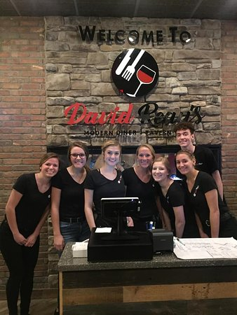 Onalaska, WI: David Reay's Modern Diner + Tavern