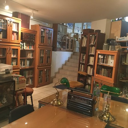 Mossadegh Foundation - Library of Iranology