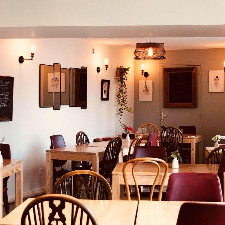 Le Molay-Littry, Francia: brasserie