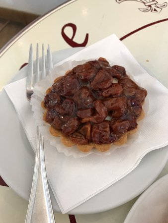 Douce France: Sweet pastry with cherries