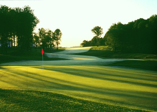 Marriottsville, MD: Par 5 8th hole