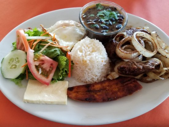El Novillo del Arenal: Cascade Rico con carne