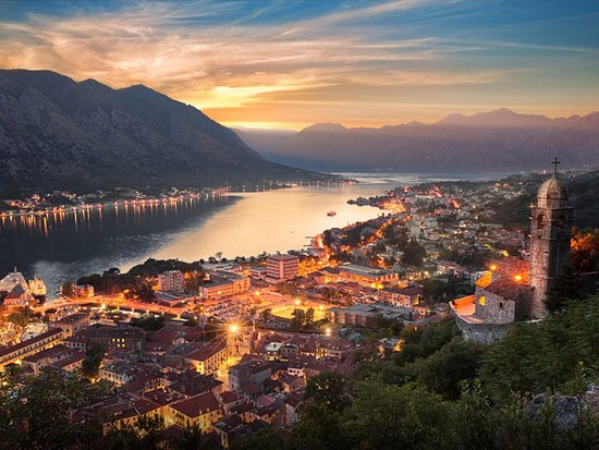 Walking tour of Kotor with Ivana