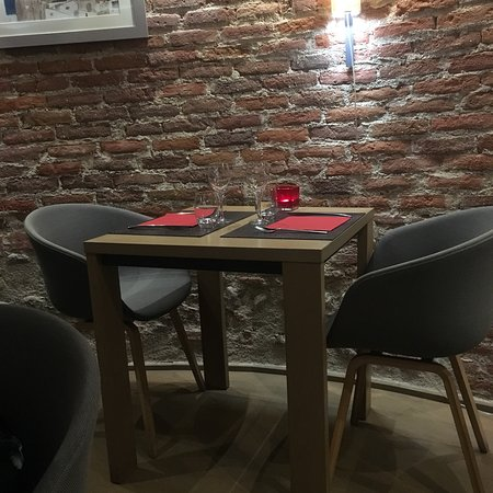 la maison rouge perpignan restaurant reviews phone number photos tripadvisor. Black Bedroom Furniture Sets. Home Design Ideas