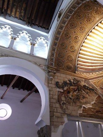Sinagoga de Santa María la Blanca: 20180220_115054_large.jpg