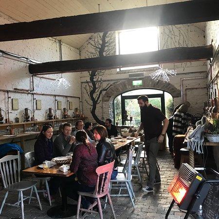 Drogheda, Irland: Gin school and Listoke house