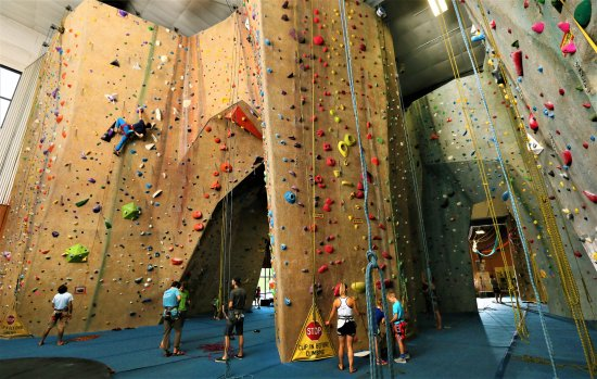 Upper Limits Rock Climbing Gym Saint Louis 2020 All You Need To Know Before You Go With Photos Tripadvisor