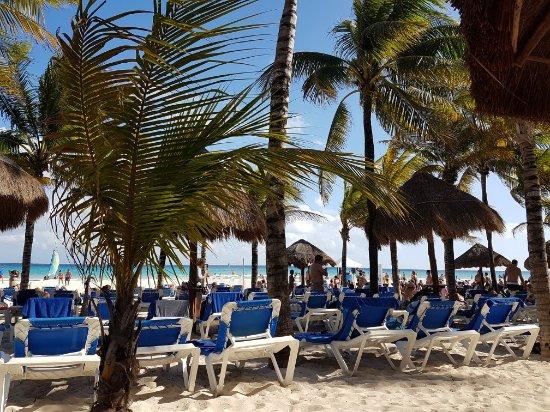 Sandos Playacar Beach Resort: 20180217_160021_large.jpg