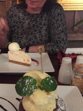 Yarm, UK: Delicious desserts