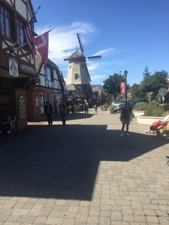 Solvang, CA: Vista del Pueblo