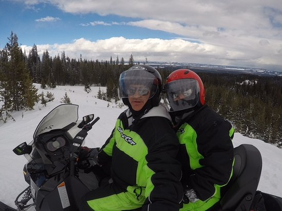 Three Bear Lodge: Snowmobiling in National Forest