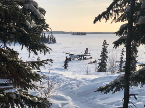 Blachford Lake Lodge: Twin Otter before departure