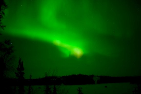 Blachford Lake Lodge: View from Point Cabin at night, auroras