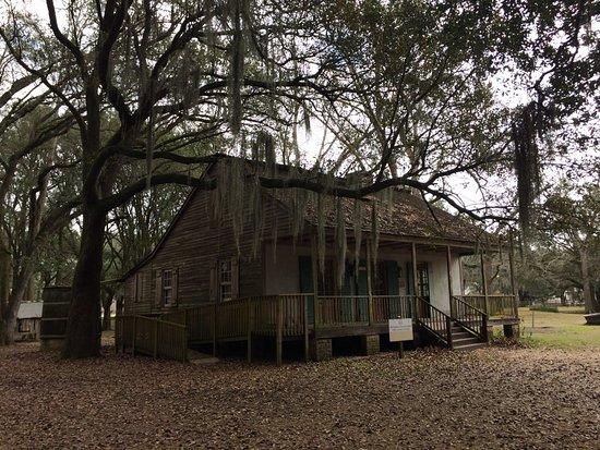 Destrehan Plantation: Slave Cabin