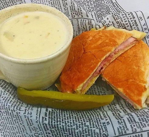 Yakima, WA: Ham & Swiss Panini and Corn Bacon Chowder