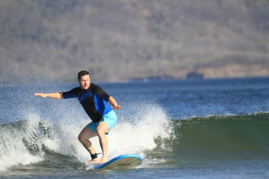 Clase particular de surf: My first day on a surfboard