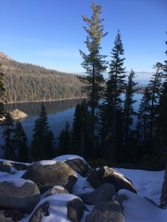 Lower Eagle Falls: Viewpoint with snow in February