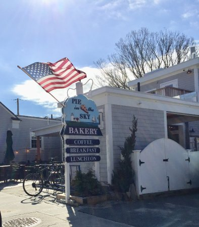 Woods Hole, ماساتشوستس: Outdoor seating available