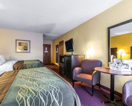 Dry Ridge, KY: Guest room