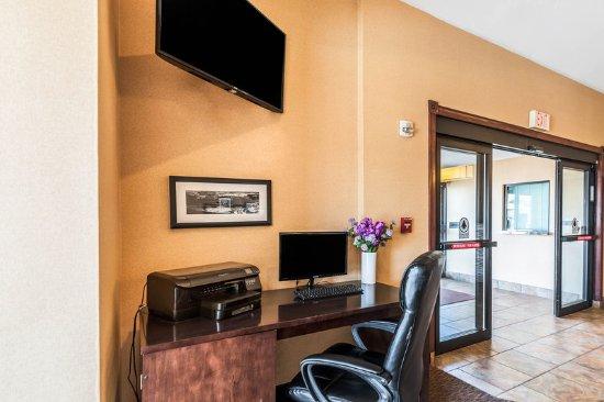 Sleep Inn & Suites Rehoboth Beach : Business center