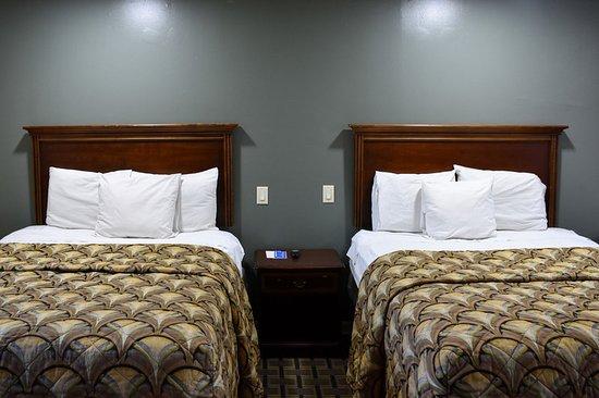 Swainsboro, GA: Guest room