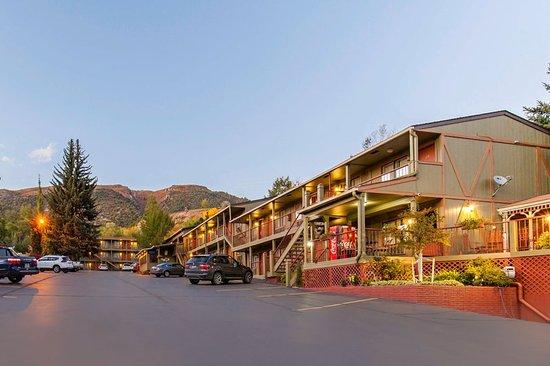 Rodeway Inn Glenwood Springs: Exterior