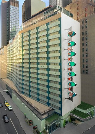 Exterior - Picture of DoubleTree by Hilton Hotel Metropolitan - New ...
