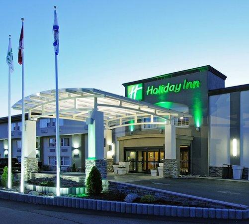 Holiday Inn Truro: Exterior