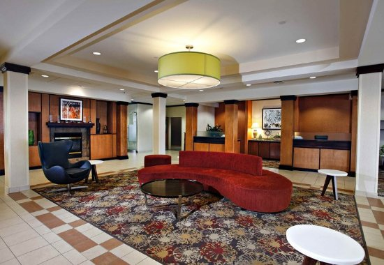 Fairfield Inn Sudbury Hotel