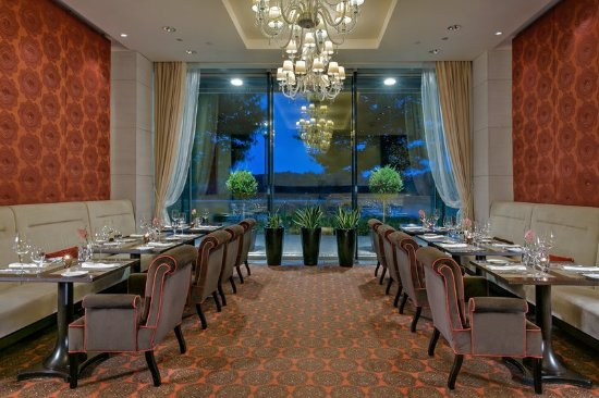 Grand Hotel River Park Bratislava: Restaurant