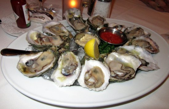 Shoemakers American Grille: 12 oysters on the halfshell ($23.95) Tuscaloosa and served with horseradish and cocktail sauce