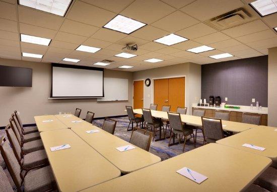 Fairfield Inn & Suites Sierra Vista: Meeting room