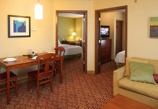 TownePlace Suites Cleveland Streetsboro: Guest room