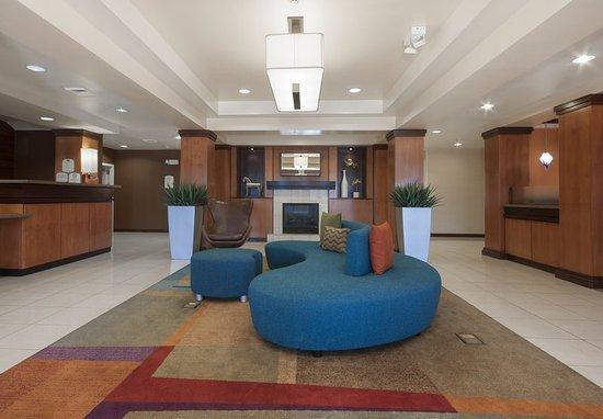 El Centro, CA: Lobby