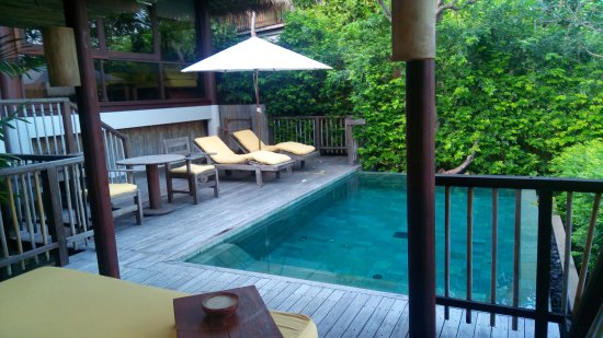 Six Senses Samui : our private pool deck