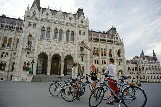 Budapest Small Group Bike Tour