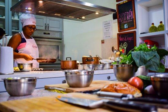 Azafran Taller De Cocina