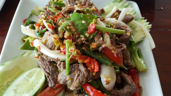 Ark Bar Beach Resort : Grilled Beef Spicy Salad ( Yum Neua Yang)