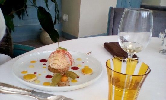 Dessert Poire Picture Of La Cuisine D Herve Moulins Tripadvisor