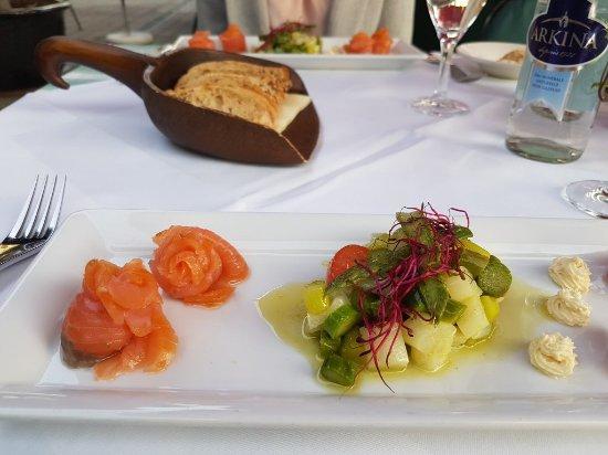 Leichte Gerichte Im Sommer Auf Der Sonnenterrasse Picture Of