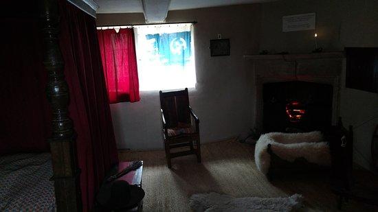 Woolsthorpe Manor: Newton was born in this room