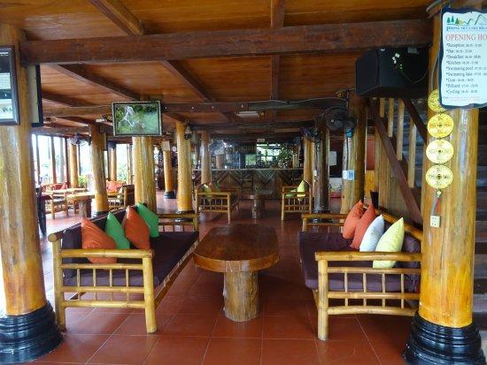 L'intérieur du Bar Restaurant