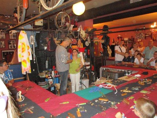 Museo de la Magia: Exhibición de juegos de ingenio y juegos con efecto mágico