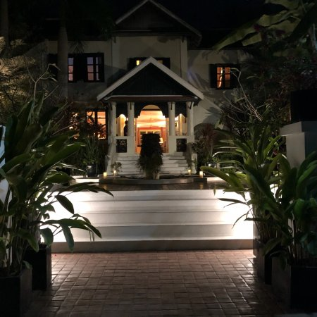 Small charming hotel with a wonderful young staff the for Charming hotel