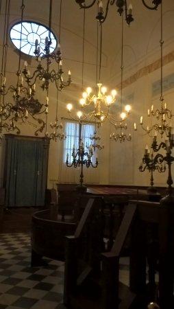 Pitigliano, Italy: interno della sinagoga