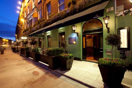"""Harcourt Hotel: """"1900"""" Restaurant"""